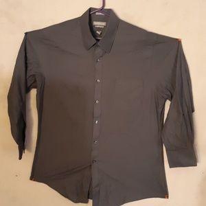 Van heusen dress shirt 16.5x32/33